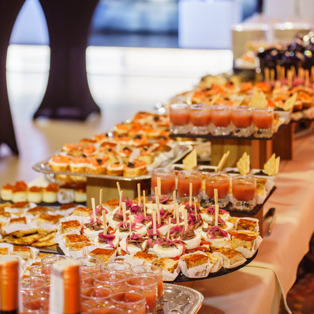 50988416 s-catering-foto-website-buffet